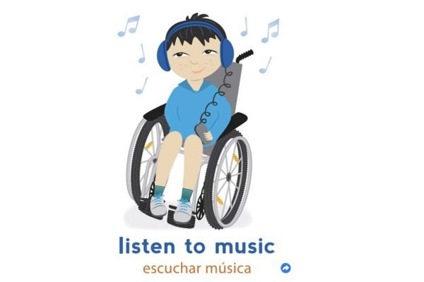 Child in wheelchair. List to music. Escuchar musica